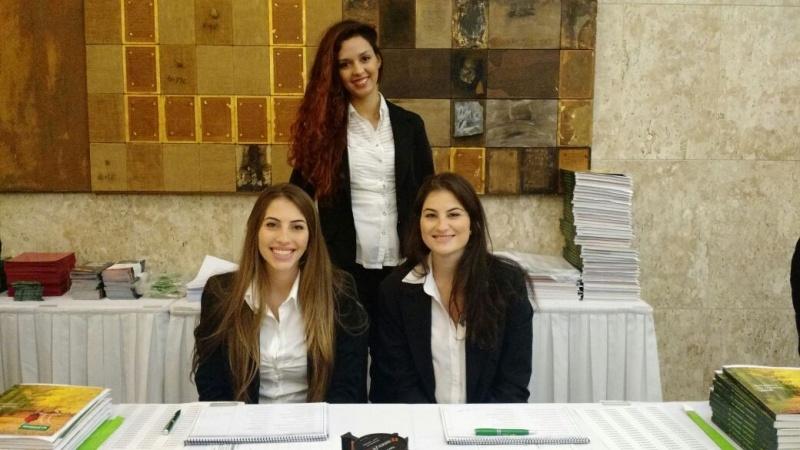 Contratar Recepcionista para Workshop Carandiru - Recepcionista para Feiras de Beleza