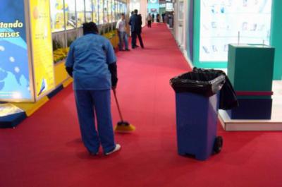 Equipe de Limpeza em Feiras Promocionais Preço Alto de Pinheiros - Limpeza para Evento