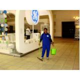 limpeza em evento na Vila Leopoldina