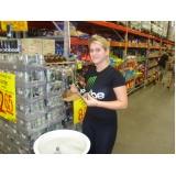 promotores para degustação em mercado na Vila Gustavo